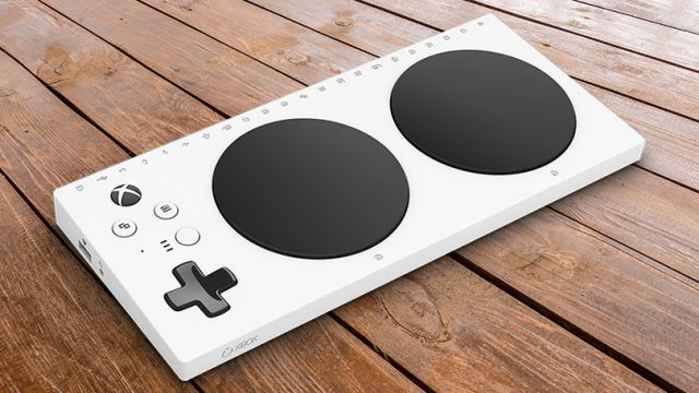 l'adaptive controller di microsoft avvicina videogiochi e disabili
